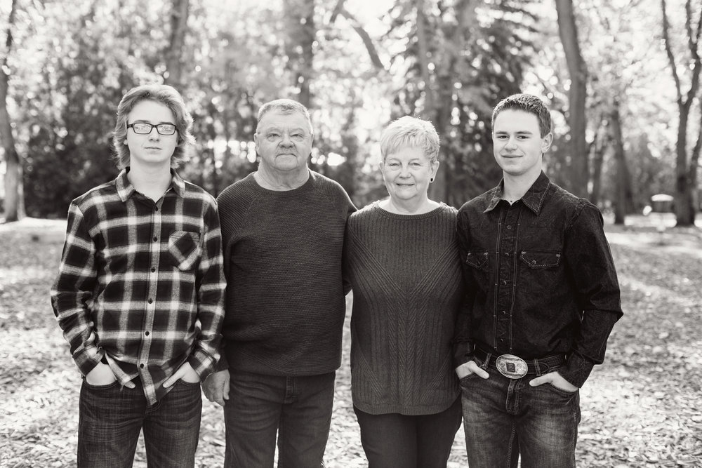 FamilyPhotos_2017_11_bw.jpg