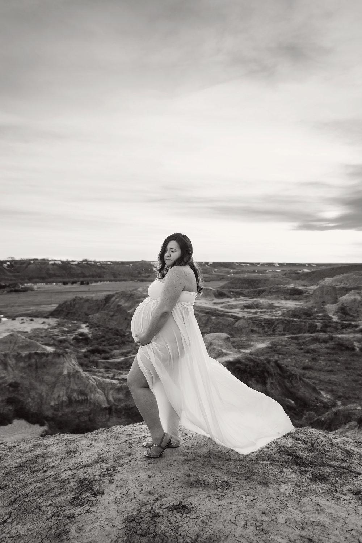 DA_Maternity_40_bw.jpg