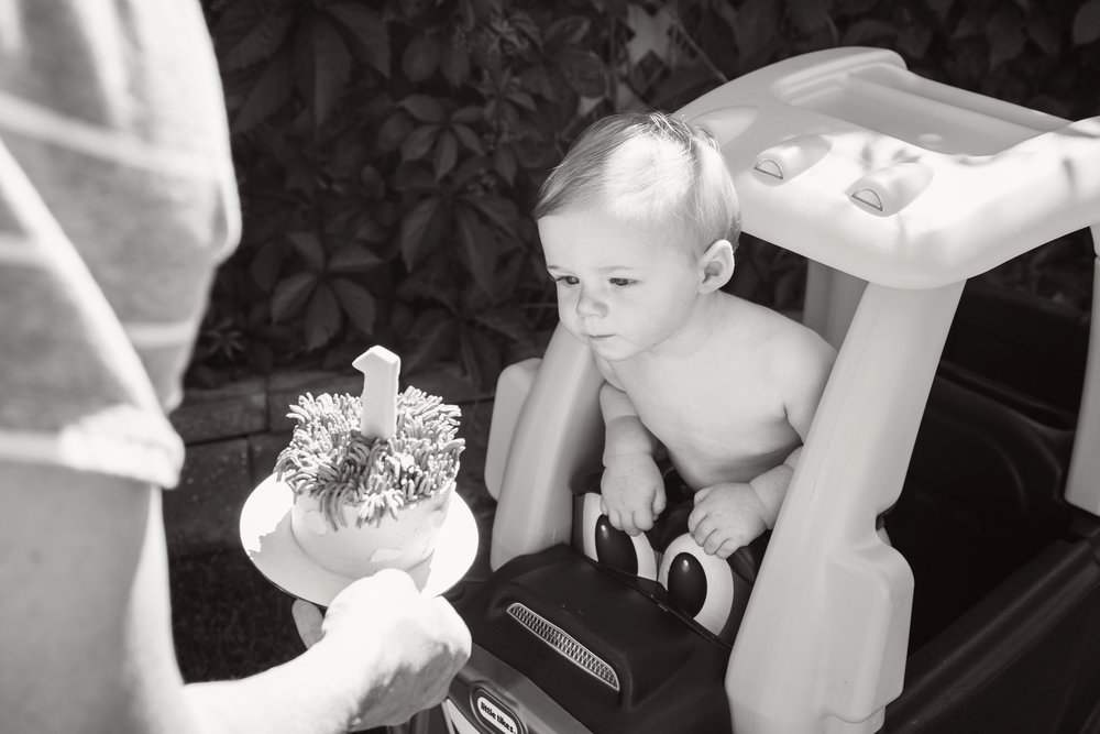 Theo_1stbday_20_bw.jpg