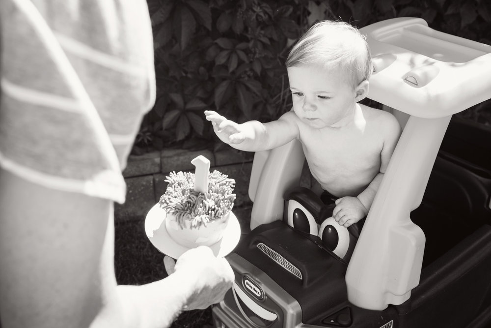 Theo_1stbday_21_bw.jpg