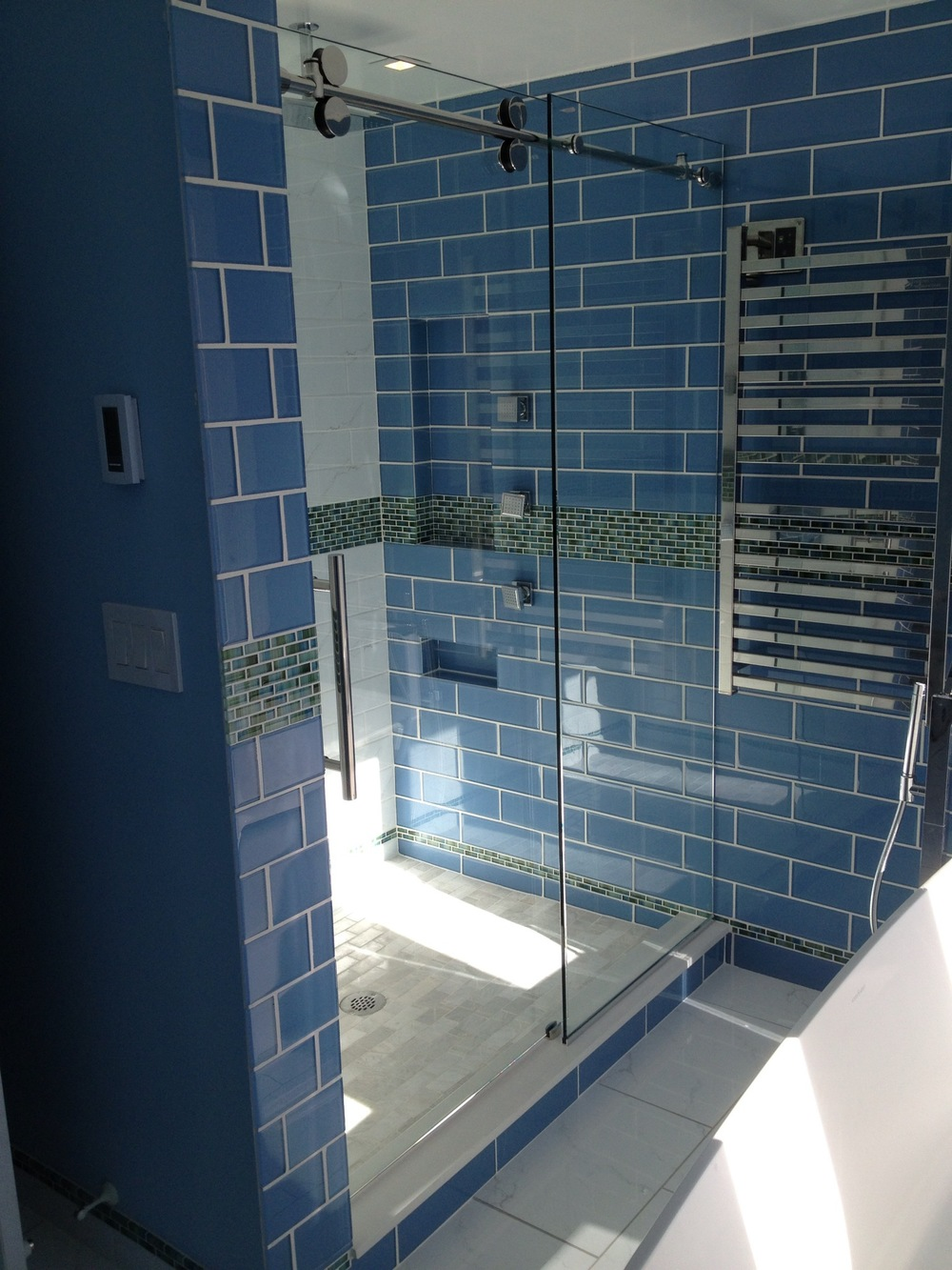 Unique Shower Door – Custom Frameless Shower Doors in Franklin