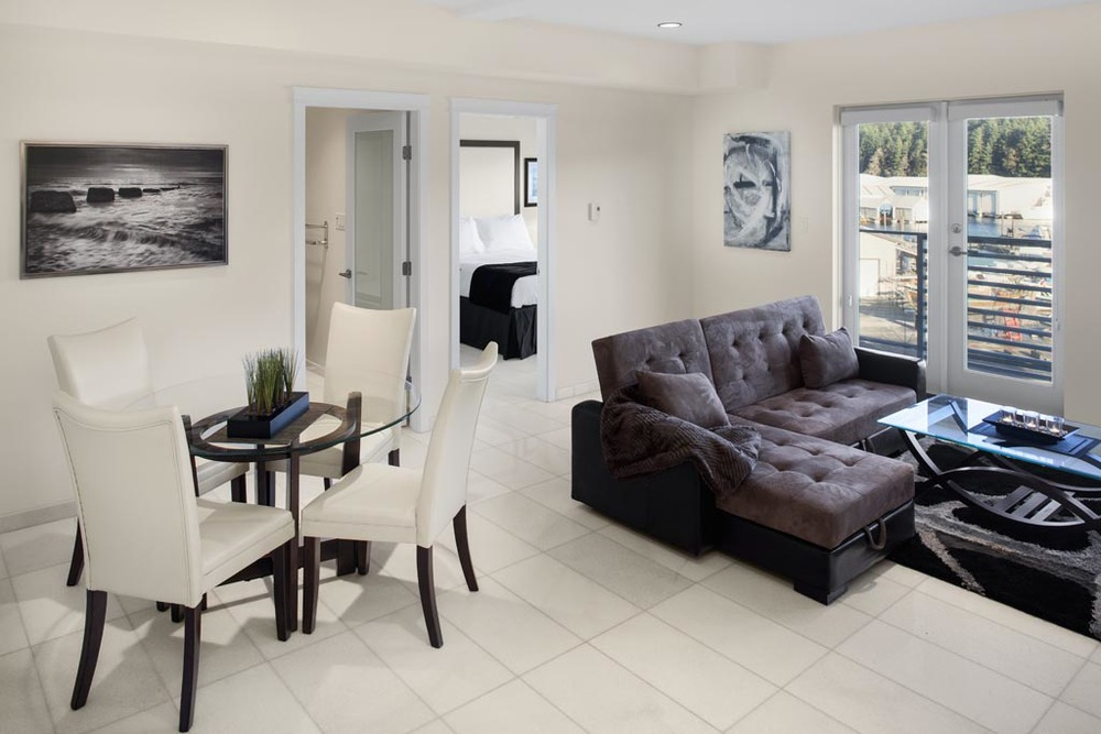 livingroom-diningroom-2.jpg
