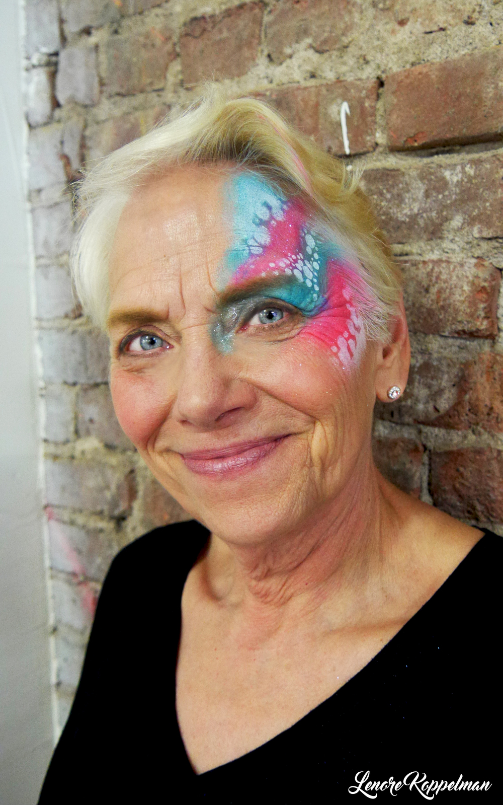 celebrity catwalk blue pink bubble dots eye design.jpg