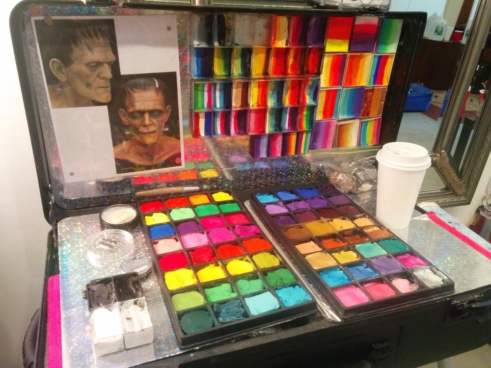 wpf makeup lenore craft n go kit.jpg