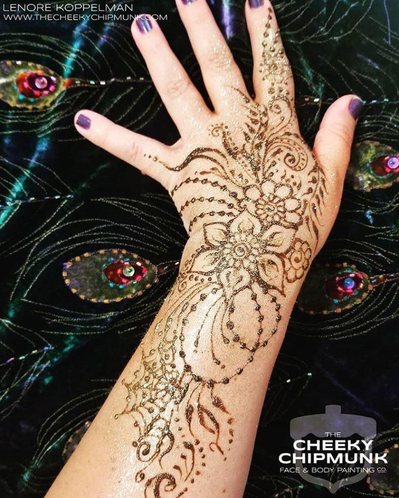 lenore-koppelman-the-cheeky-chipmunk-henna-flowers-beads-cobweb-swirls-leaves-glitter-all-natural-organic-henna-body-art-nyc