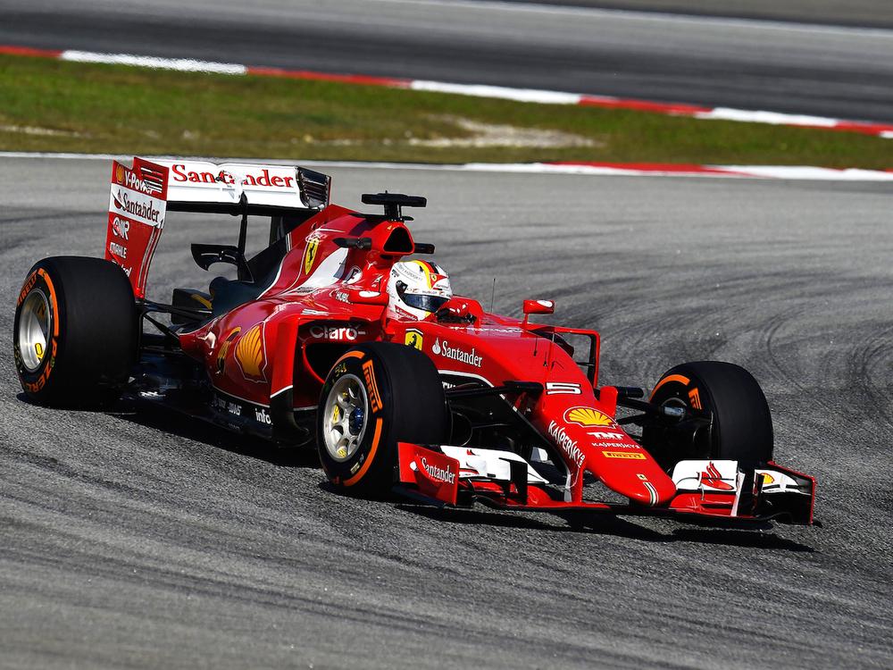 Vettel_ontrack-FP.jpg
