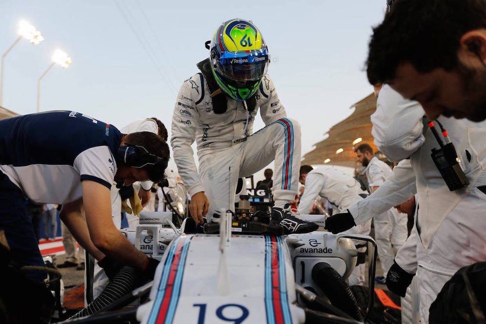 Felipe Massa had a car issue, pit lane start for him