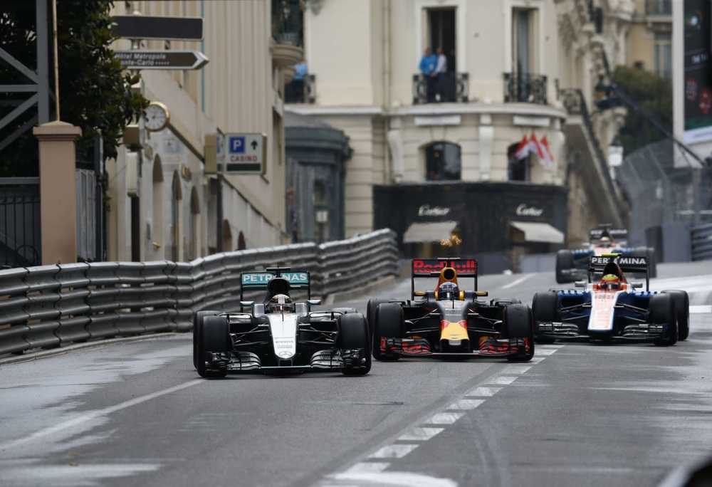 Salracing - Lewis Hamilton | Mercedes