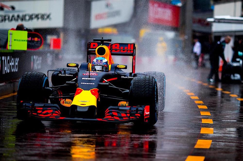 Salracing - Daniel Ricciardo | Red Bull