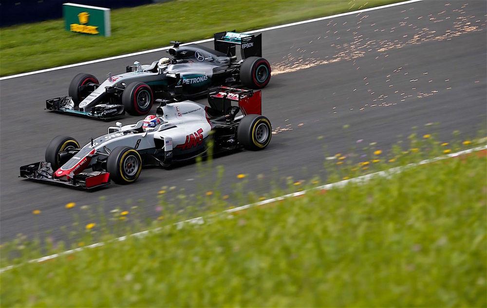 Salracing - Romain Grosjean [Haas F1] Lewis Hamilton [Mercedes]