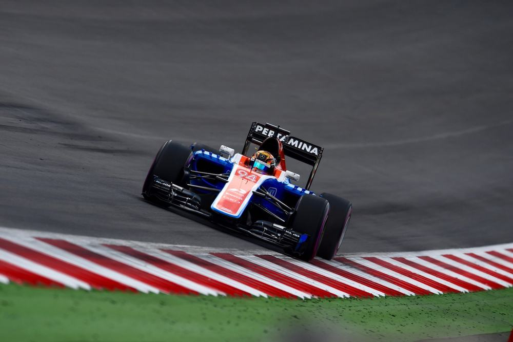 Salracing - Pascal Wehrlein | Manor MRT05