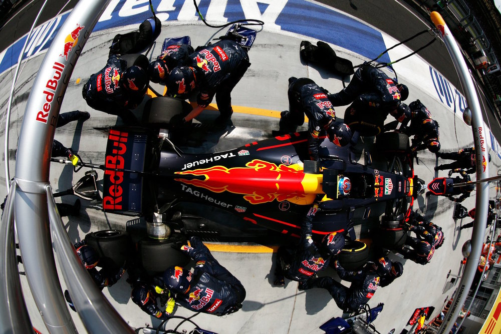 Salracing | Max Verstappen | Red Bull Racing