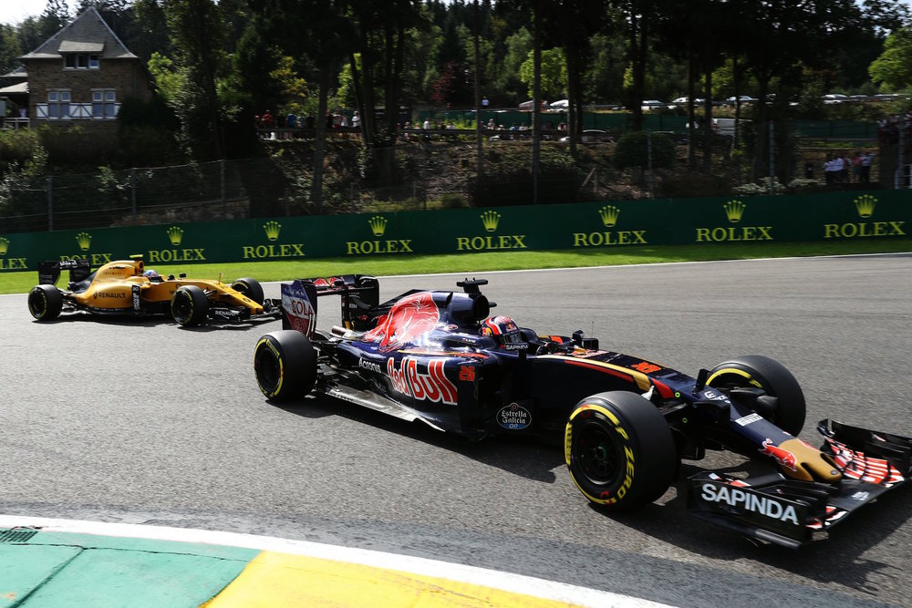 Salracing - Daniil Kvyat | Toro Rosso STR11