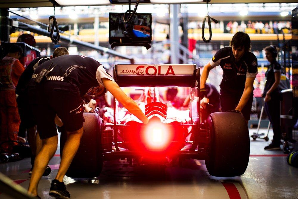 Salracing - Scuderia Toro Rosso