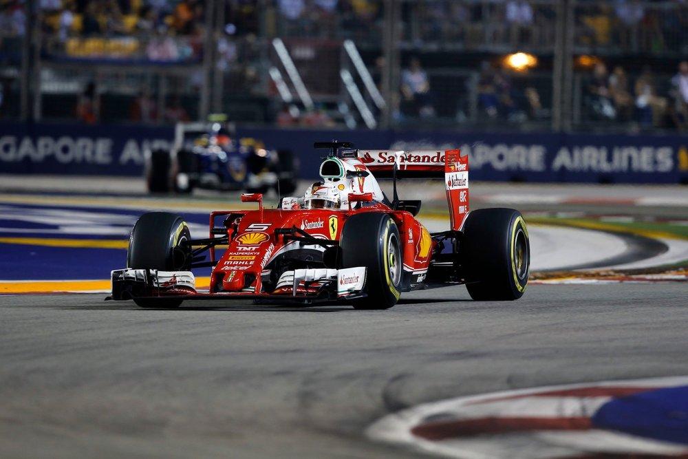 Salracing - Sebastian Vettel | Scuderia Ferrari