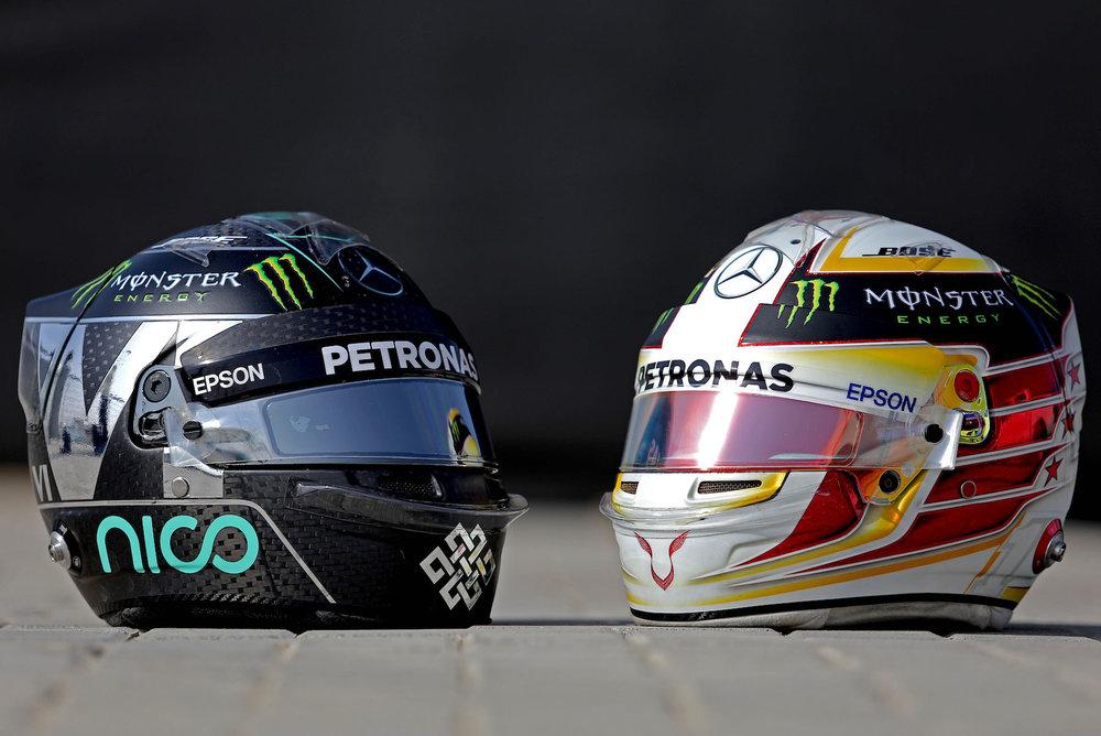 Salracing - Mercedes drivers' helmets