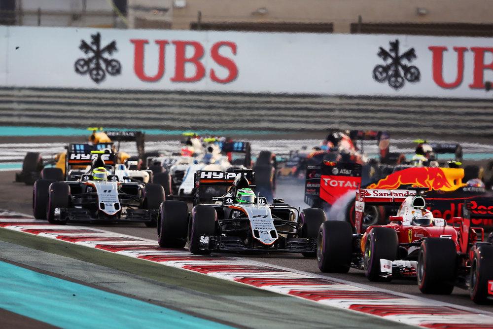 Salracing - 2016 Abu Dhabi Grand Prix start 2