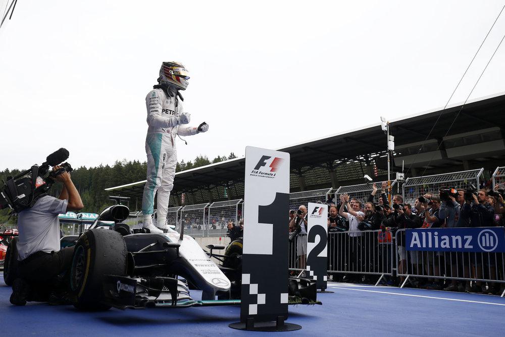 🇦🇹 Austrian Grand Prix winner: 🇬🇧 Lewis Hamilton