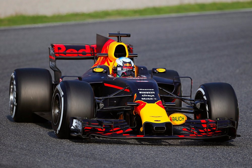 Salracing | Red Bull RB13