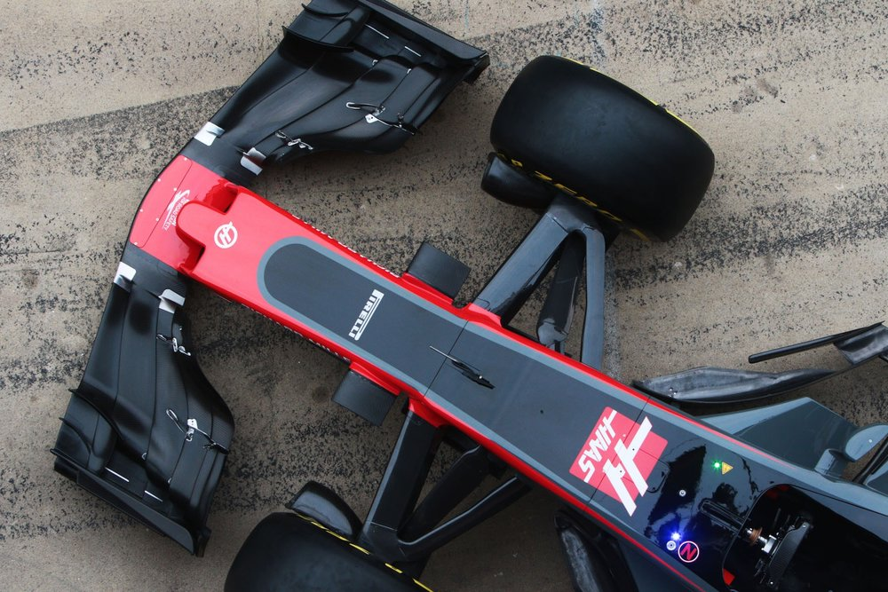 Salracing | Haas VF-17