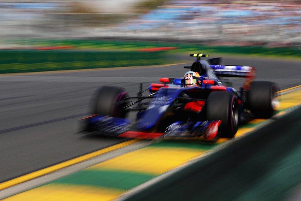 Salracing | Scuderia Toro Rosso