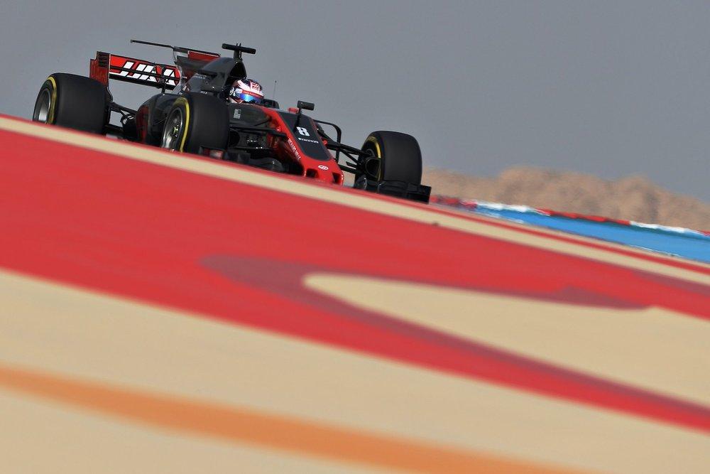 2017 Romain Grosjean | Haas VF17 | 2017 Bahrain GP FP2 1 copy.jpg