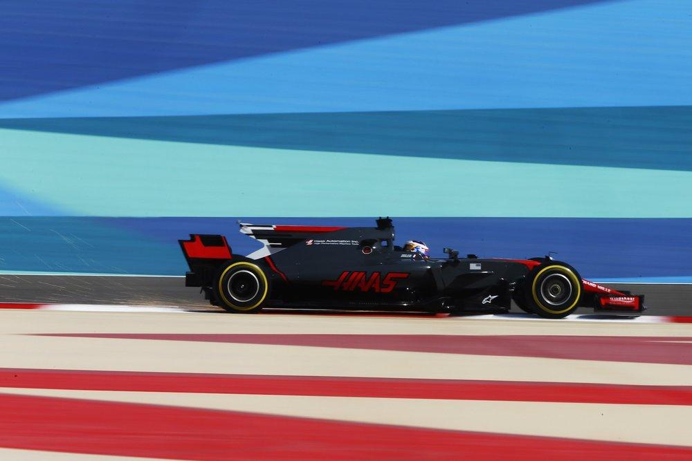 2017 Romain Grosjean | Haas VF17 | 2017 Bahrain GP FP2 2 copy.jpg