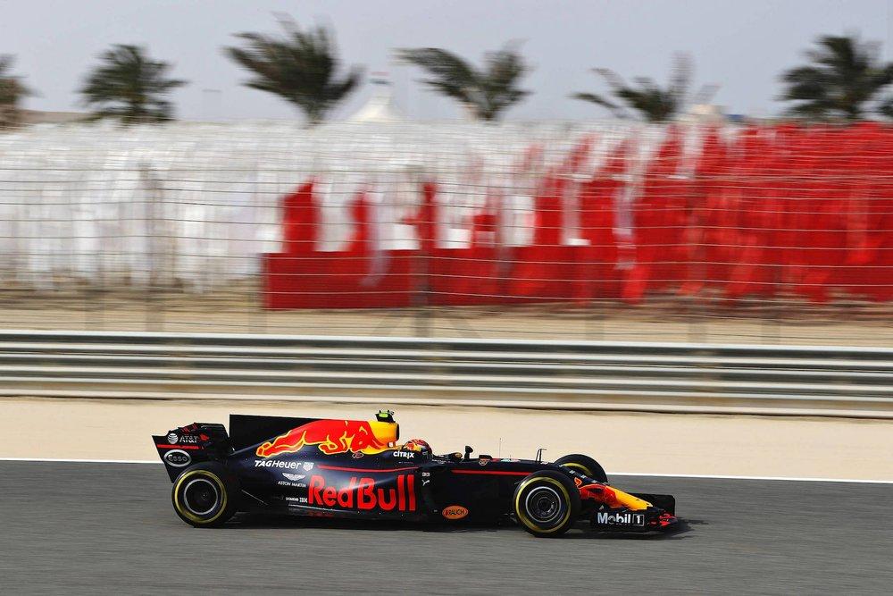 2017 Max Verstappen | Red Bull RB13 | 2017 Bahrain GP FP3 3 copy.jpg