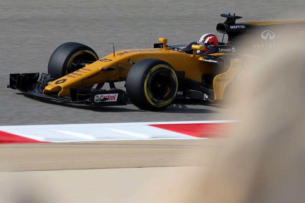 2017 Nico Hulkenberg | Renault RS17 | 2017 Bahrain GP FP3 1 copy.jpg