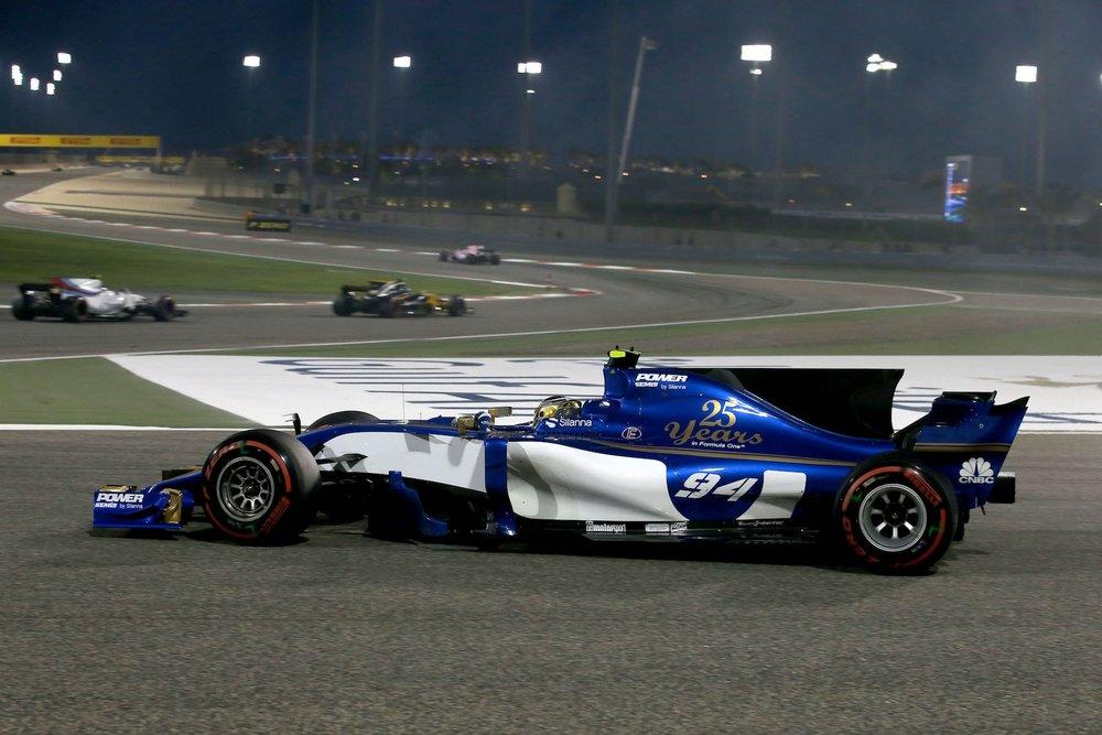H 2017 Pascal Wehrlein | Sauber C36 | 2017 Bahrain GP P11 1 copy.jpg