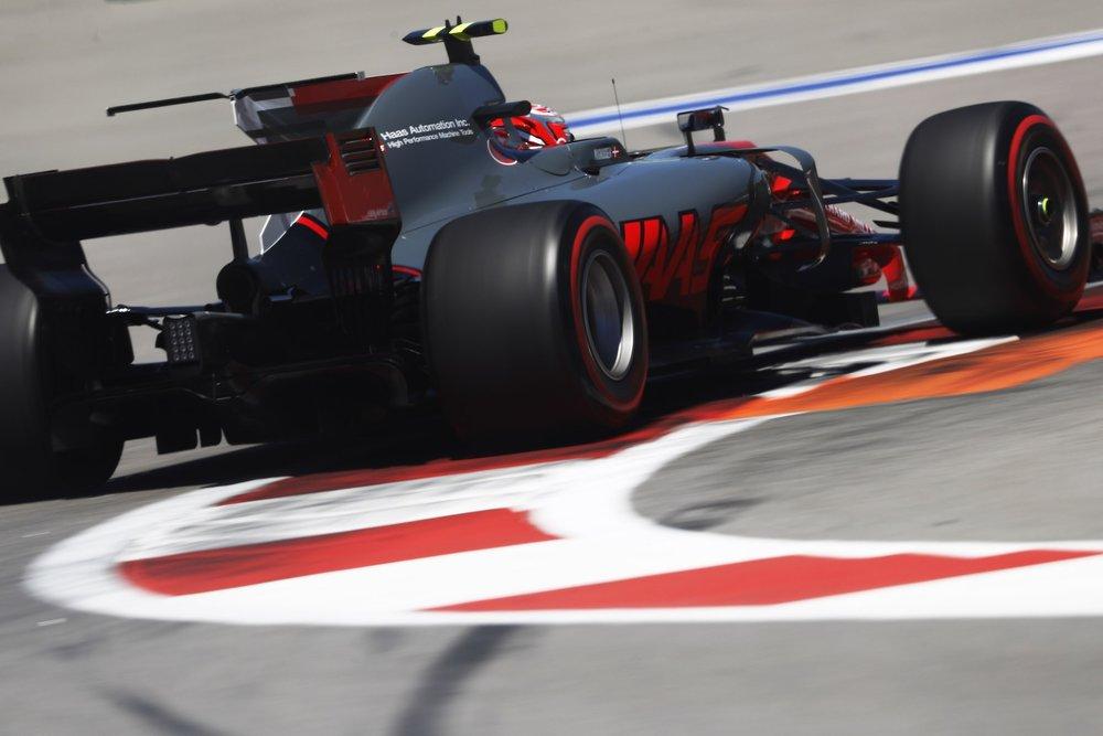 2017 Kevin Magnussen | Haas VF17 | 2017 Russian GP Q1 2 copy.jpg