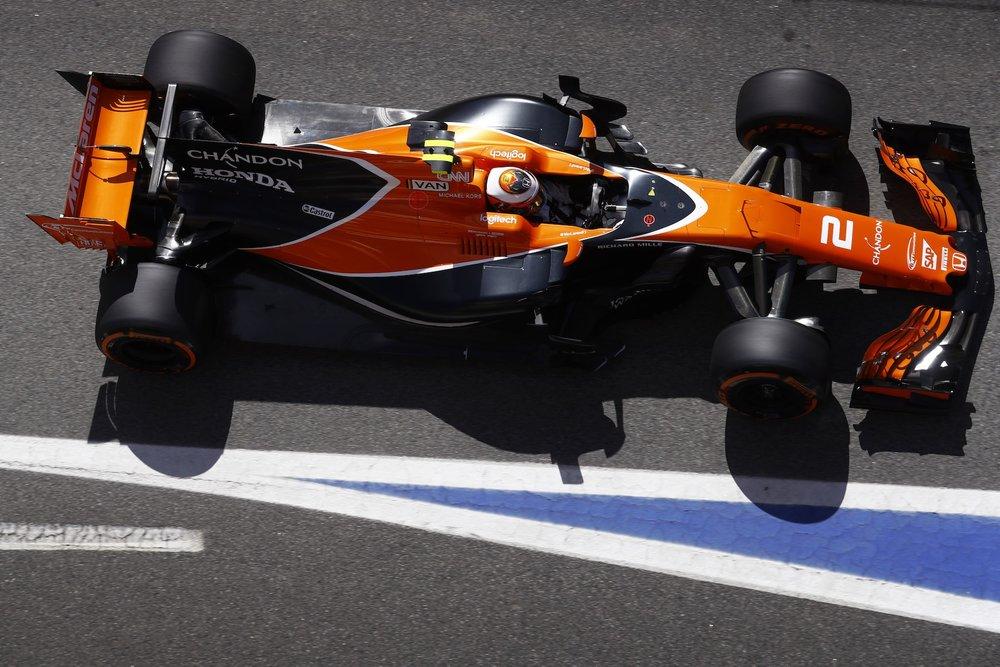 G 2017 Stoffel Vandoorne | McLaren MCL32 | 2017 Spanish GP Q3 P7 1 copy.jpg