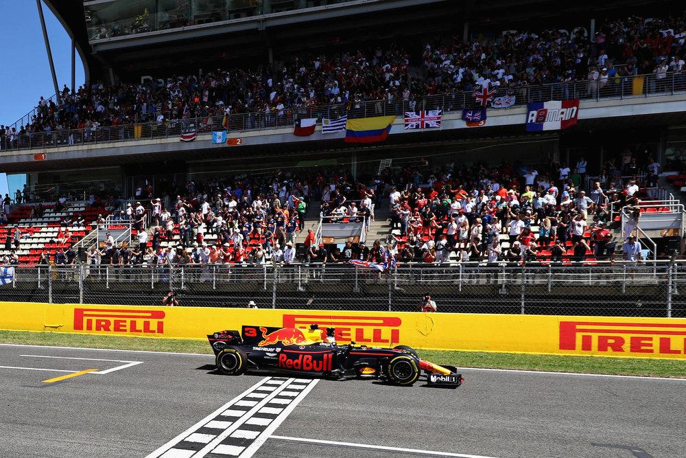 2017 Daniel Ricciardo | Red Bull RB13 | 2017 Spanish GP P3 3 copy.jpg