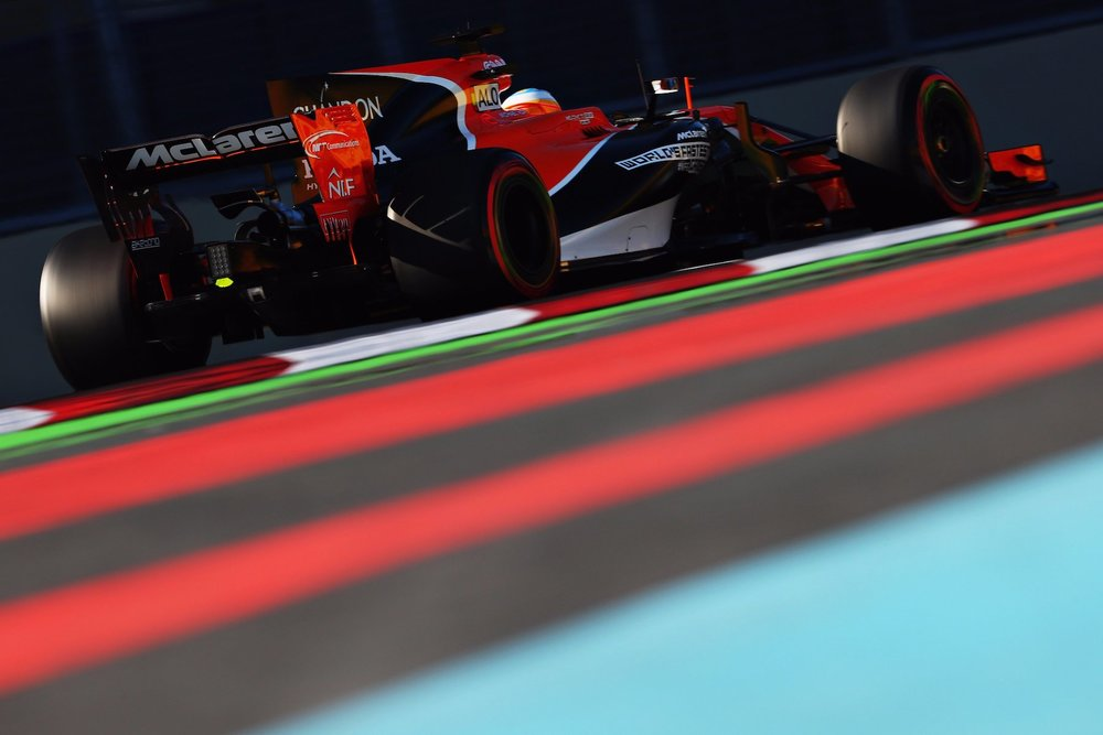 2017 Fernando Alonso | McLaren MCL32 | 2017 Azerbaijan GP FP2 1 copy.jpg