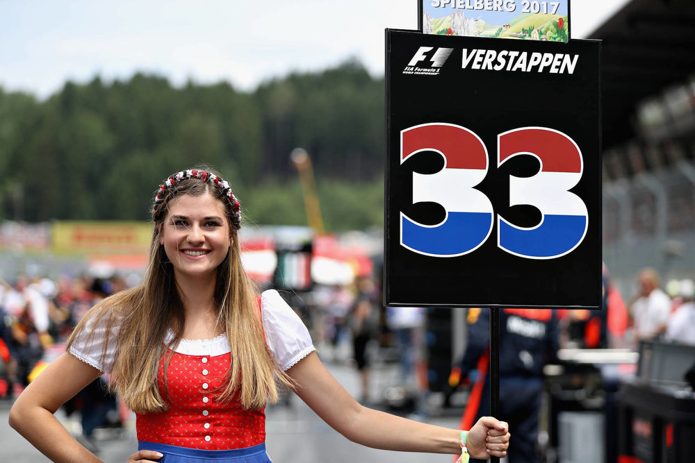 B 2017 Max Verstappen grid girl | 2017 Austrian GP DNF 1 copy.jpg