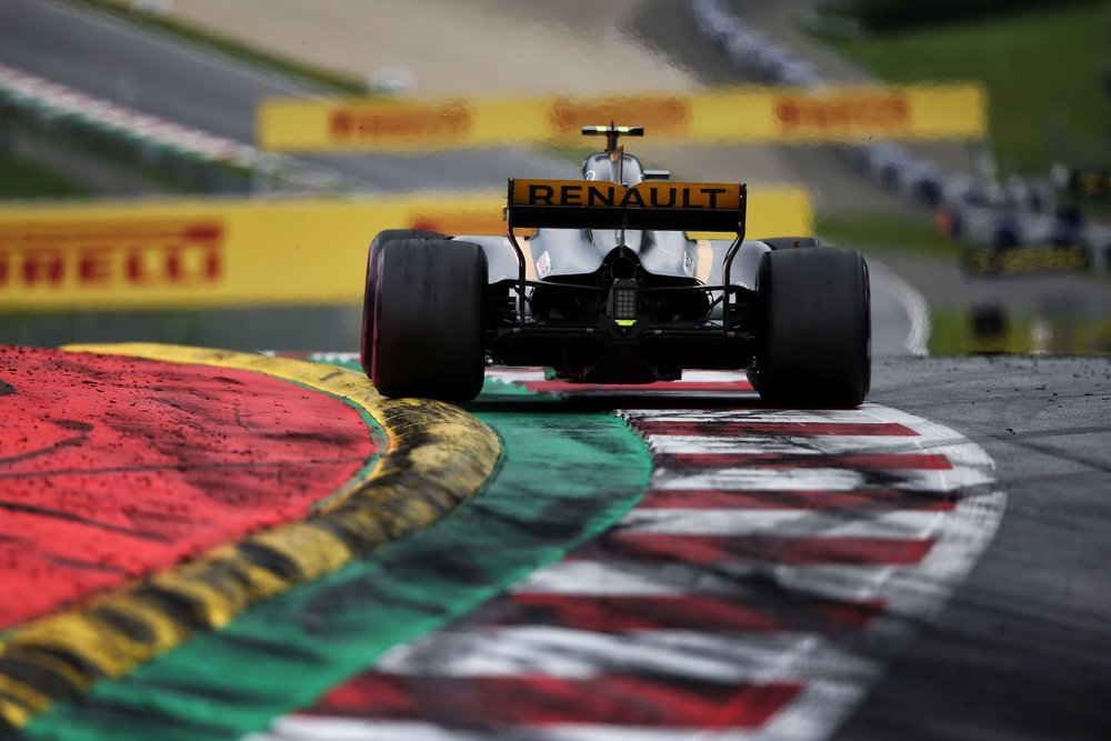H 2017 Nico Hulkenberg | Renault RS17 | 2017 Austrian GP 1 copy.jpg