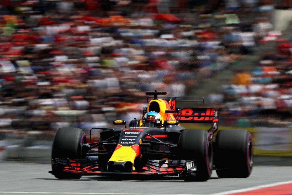 J 2017 Daniel Ricciardo | Red Bull RB13 | 2017 Austrian GP P3 2 copy.jpg
