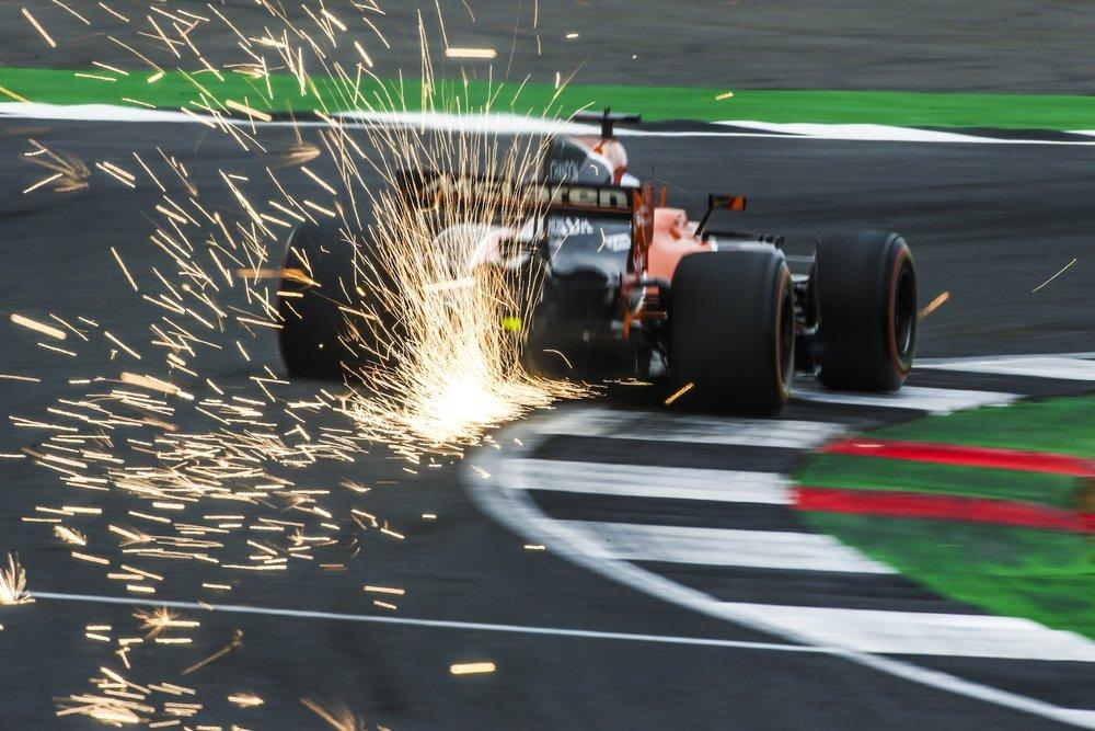2017 Fernando Alonso | McLaren MCL32 | 2017 British GP FP3 2 copy.jpg