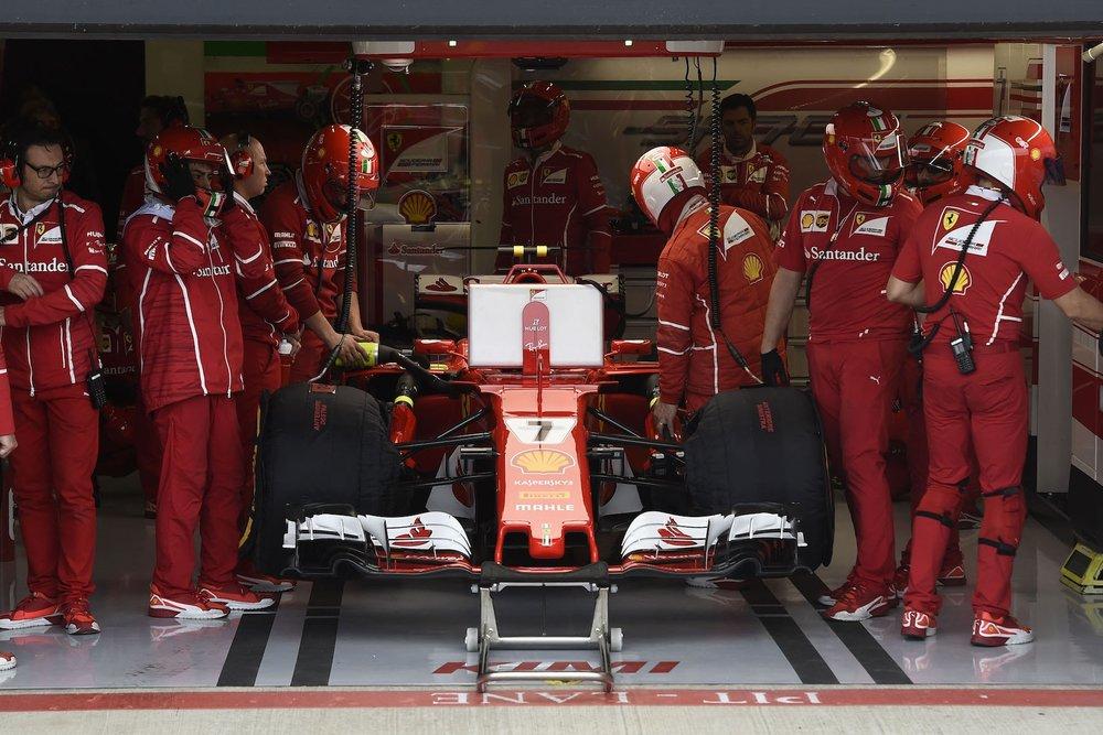 2017 Kimi Raikkonen | Ferrari SF70H | 2017 British GP Q3 P2 2 copy.jpg