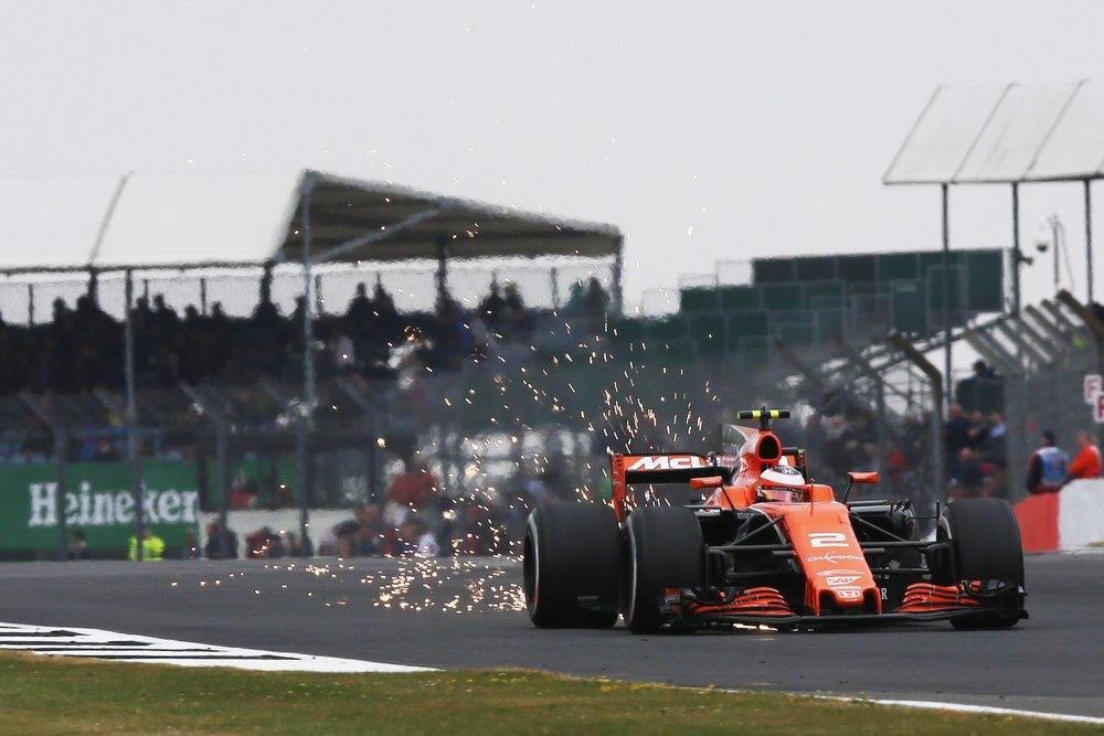 2017 Stoffel Vandoorne | McLaren MCL32 | 2017 British GP Q3 1 copy.jpg