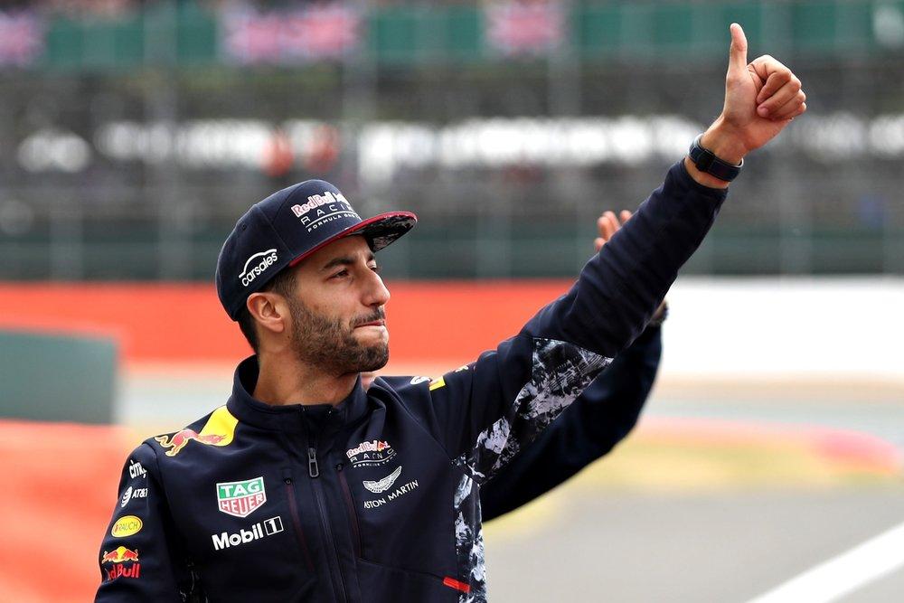 B 2017 Daniel Ricciardo | Red Bull RB13 | 2017 British GP P5 2 copy.jpg
