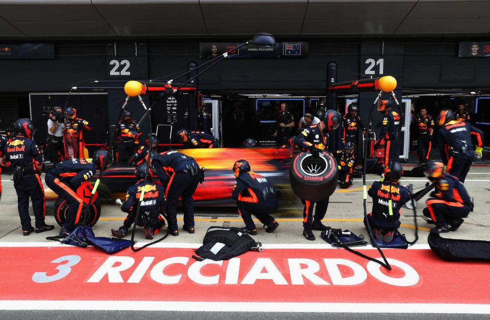G 2017 Daniel Ricciardo | Red Bull RB13 | 2017 British GP P5 1 copy.jpg