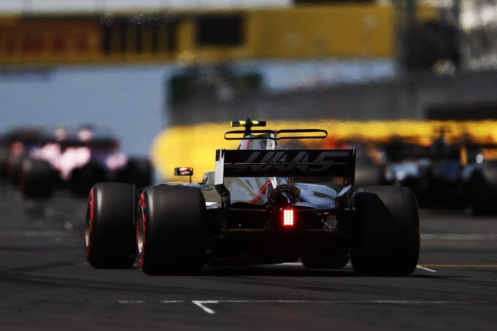 B 2017 Kevin Magnussen   Haas VF17   2017 Hungarian GP P13 1 copy.jpg
