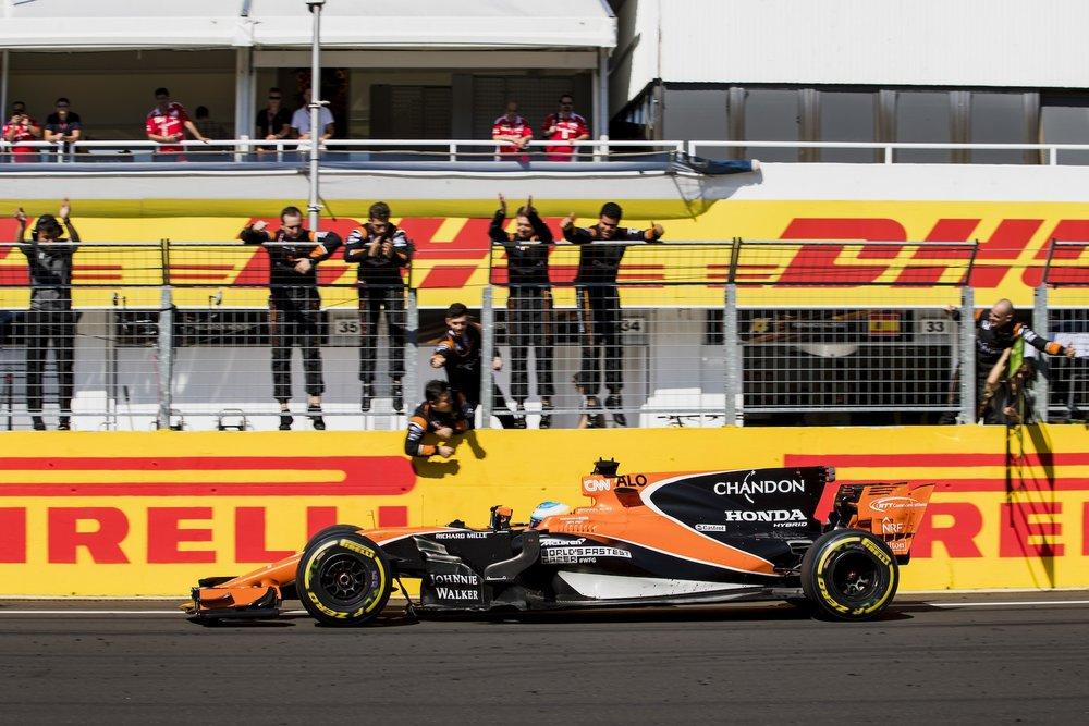 R 2017 Fernando Alonso   McLaren MCL32   2017 Hungarian GP P6 4 fastest lap copy.jpg