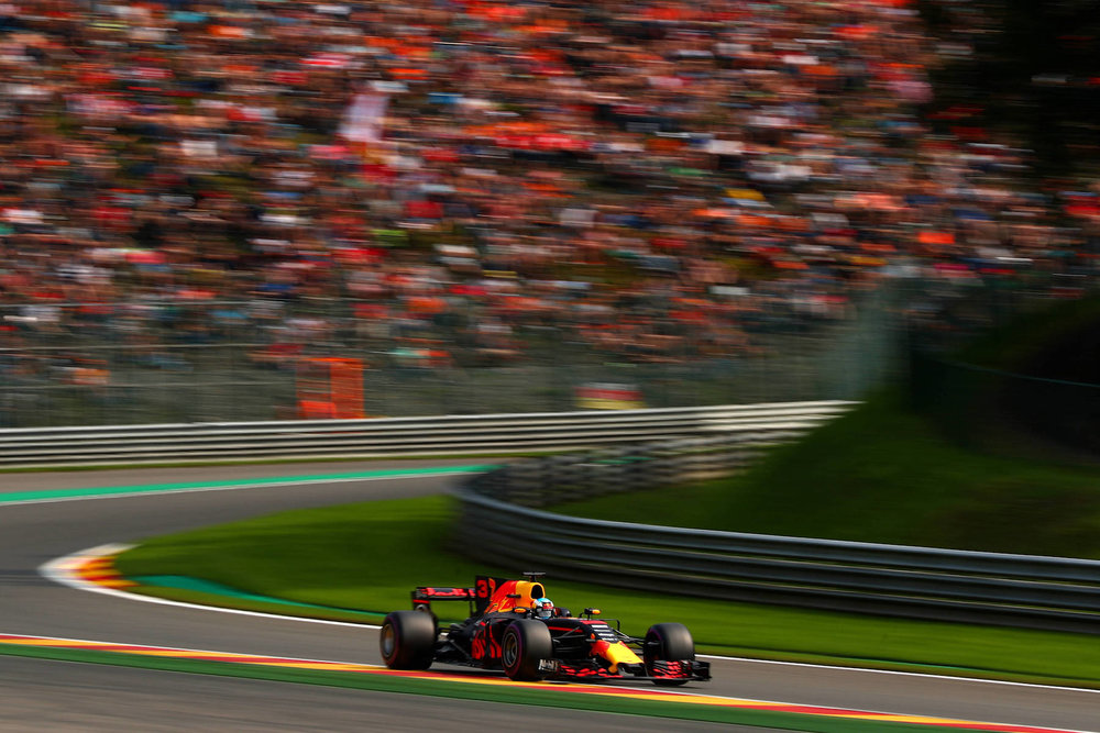 2017 Daniel Ricciardo | Red Bull RB13 | 2017 Belgian GP Q3 2 copy.jpg