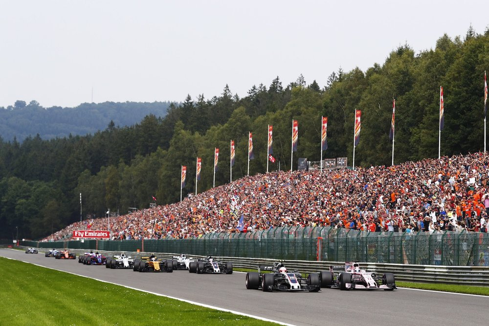C 2017 Belgian GP start on Kemmel straight copy.jpg