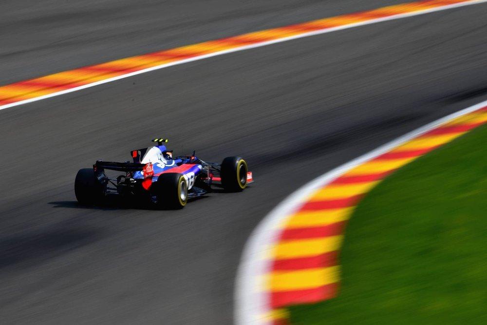 G 2017 Carlos Sainz | Toro Rosso STR12 | 2017 Belgian GP 1 copy.jpg