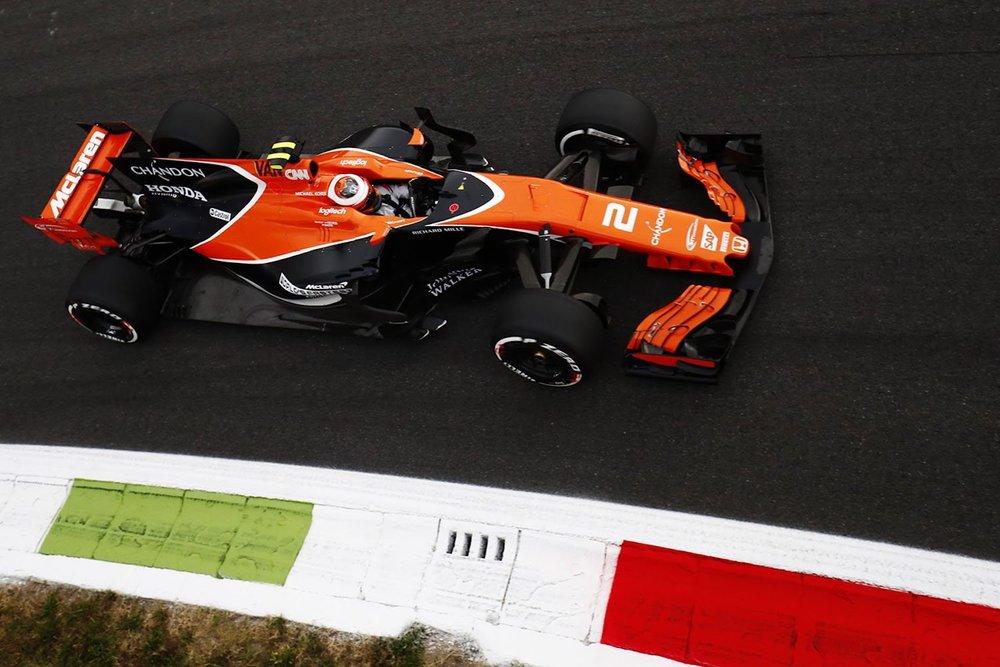 B 2017 Stoffel Vandoorne | McLaren MCL32 | 2017 Italian GP FP1 1 copy.jpg