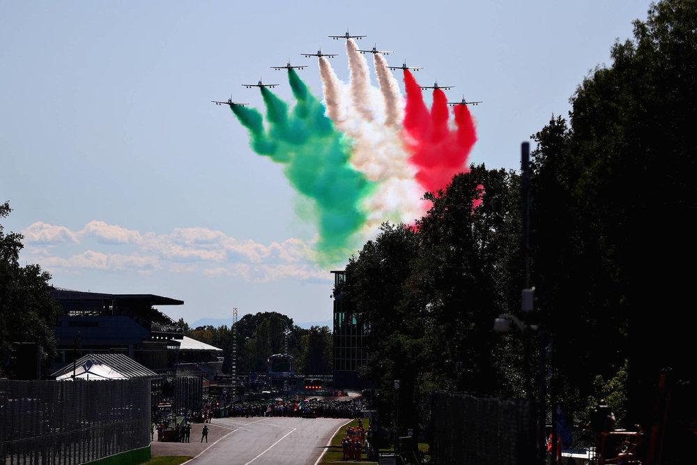 B 2017 Italian GP fly by copy.jpg