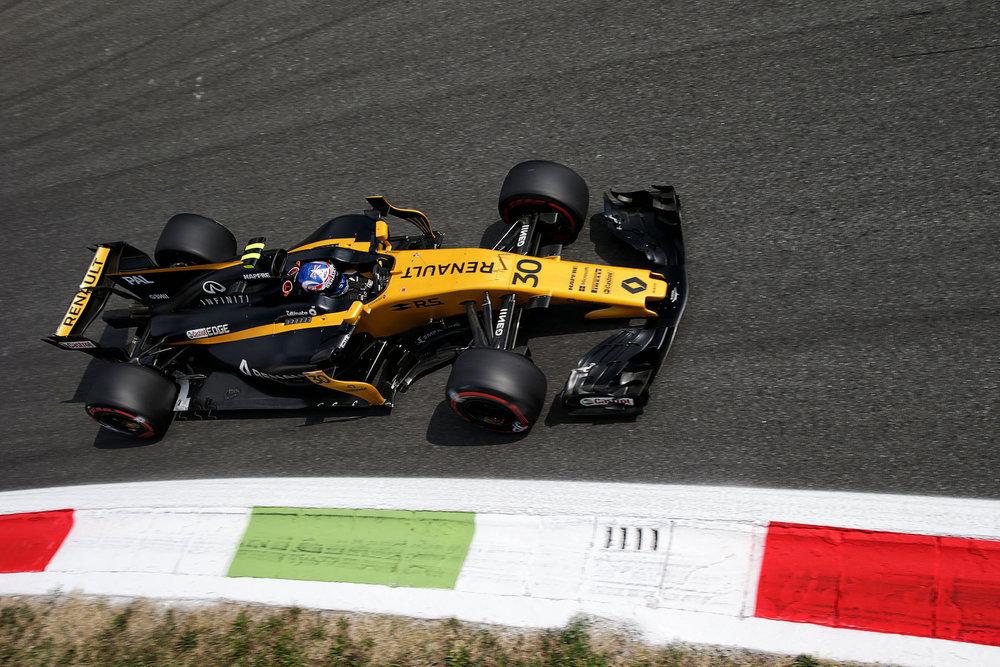 G 2017 Nico Hulkenberg | Renault RS17 | 2017 Italian GP 1 copy.jpg